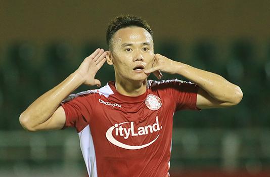 Xuân Nam tỏa sáng, TP.HCM thắng tối thiểu Thanh Hóa FC trên sân Thống Nhất
