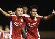 Xuân Nam lập cú đúp, TP.HCM thắng ngược ấn tượng ngày khai mạc V-League 2020