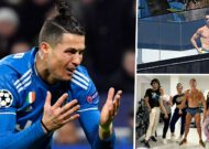 'Ronaldo only appears to be taking pictures by the pool' - Juventus star's quarantine behaviour criticised