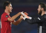 Nemanja Matic: Manchester United midfielder signs new contract until 2023