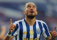 Alex Telles hopes to seal Manchester United move from Porto this week