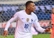 PSG star Mbappe tests positive for coronavirus and will miss France-Croatia