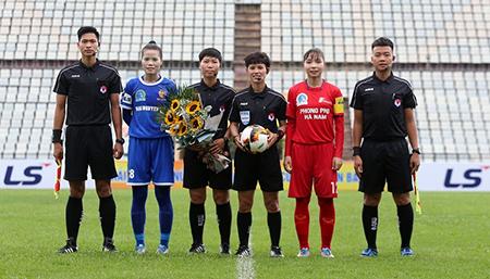 Vòng 1 giải Nữ VĐQG 2020: Tuyết Dung ghi bàn, Hà Nam vẫn nhận kết đắng
