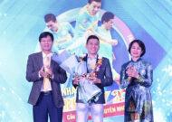 Cầu thủ futsal Nguyễn Nhớ nhận giải thưởng Fair play 2020