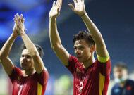Chủ tịch nước Nguyễn Xuân Phúc chúc mừng chiến thắng 4-0 của ĐT Việt Nam