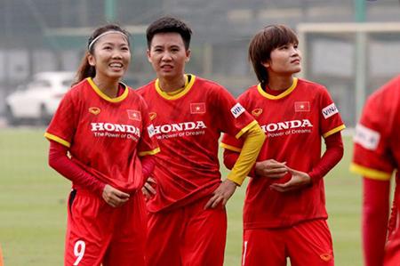 Các cầu thủ TP Hồ Chí Minh hoàn thành cách ly, bắt đầu tập luyện cùng ĐTQG nữ