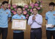 ĐT Việt Nam nhận bằng khen của Thủ tướng Chính phủ