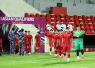 Tuyển Việt Nam làm quen sân chính, sẵn sàng đấu Oman